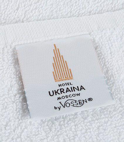 Полотенце с жаккардовой этикеткой для гостиниц