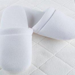 Велюровые тапочки на поролоновой подошве для гостиниц